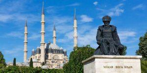 ادیرنه؛ مسجد سلیمیه و مجسمه معمار سنان